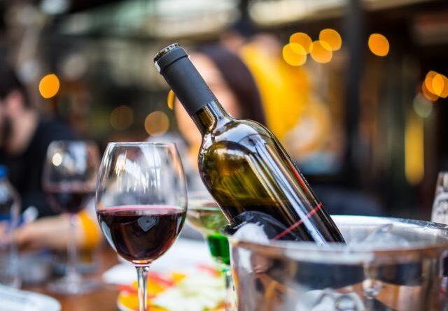 Comisia Europeană aprobă o nouă denumire protejată pentru un vin din România