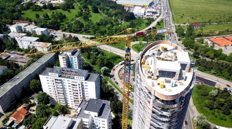 Proprietarii de apartamente le vând mai ieftin la Cluj