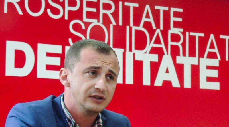 Nervi întinşi în tabăra antiguvernamentală. Simonis îl face mincinos pe Ponta, după ce liderul Pro România a vorbit de un blat PSD-PNL
