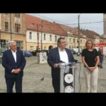 """Marius Craina, doctorul care candidează la Primăria Timișoara, în Piața Traian: """"Vrem să demarăm procedurile pentru a crește calitatea vieții în această zonă"""""""