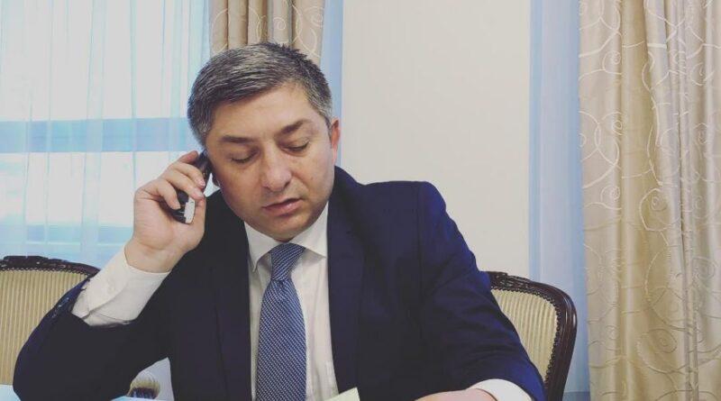 """Alin Tișe: """"Vom ajunge foarte curând să avem un județ cu 100% drumuri județene asfaltate. (P.E.)"""