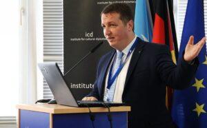 """Andrei Rădulescu, Banca Transilvania: """"Putem intra în nucleul dur al Uniunii Europene"""""""