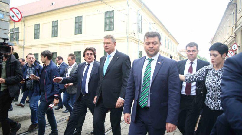 Klaus Iohannis vine marţi la Timişoara. Participă la aniversarea Continental