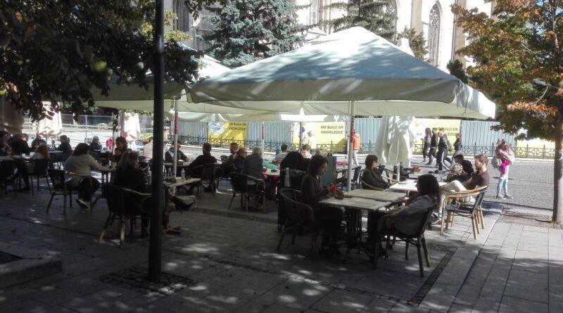 Alegerile au umplut terasele Clujului