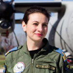 Simona Maierean, prima femeie pilot comandant pe uriașa aeronavă C-17 Globemaster, la unitatea Heavy Airlift Wing din cadrul NATO – 10TV.MD