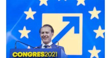 PNL, sinucidere în direct: Ultimul partid istoric merge pe drumul PNȚ