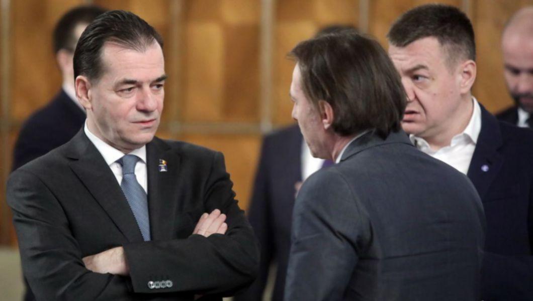 Ceartă între Orban și Cîțu: Dar ce, m-a băgat el în politică ca să spună când o să ies din politică?