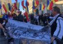 VIDEO. Protest în Sibiu, la statuia lui Brukenthal: Să renunțăm la statuile stăpânitorilor străini